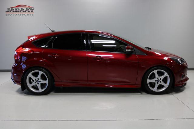 2014 Ford Focus Titanium Merrillville, Indiana 5