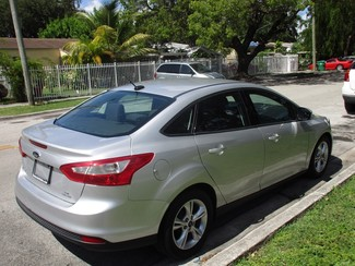 2014 Ford Focus SE Miami, Florida 3