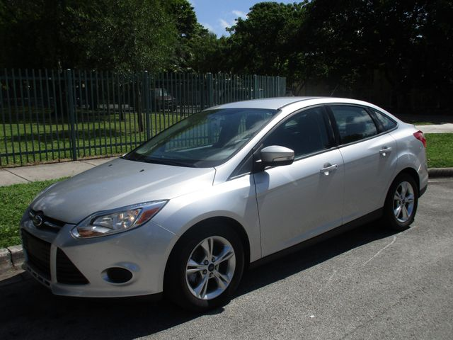 2014 Ford Focus SE Come and visit us at oceanautosalescom for our expanded inventoryThis offer e
