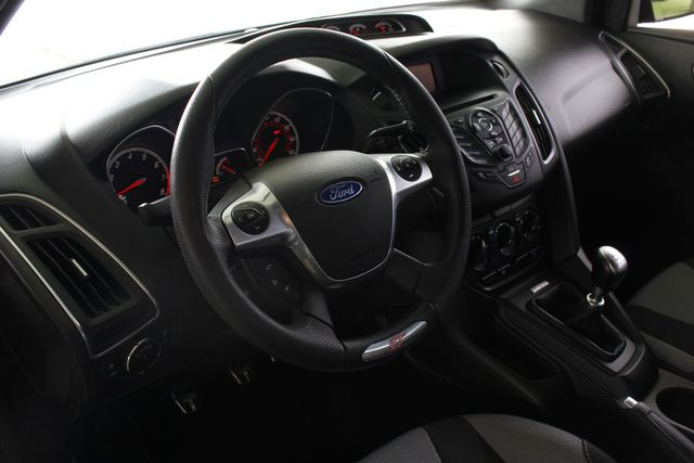 2014 Ford Focus ST Mooresville , NC 31