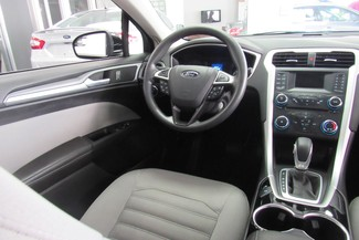 2014 Ford Fusion S Chicago, Illinois 24