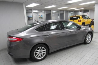2014 Ford Fusion SE W/ BACK UP CAM Chicago, Illinois 3