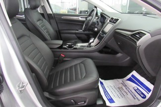 2014 Ford Fusion SE W/ NAVIGATION SYSTEM/ BACK UP CAM Chicago, Illinois 30