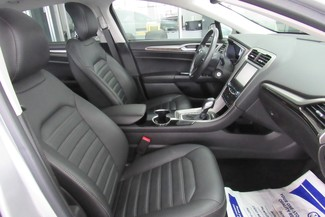 2014 Ford Fusion SE W/ NAVIGATION SYSTEM/ BACK UP CAM Chicago, Illinois 31