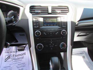 2014 Ford Fusion SE Fremont, Ohio 8