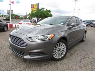 2014 Ford Fusion Hybrid SE-[ 2 ]