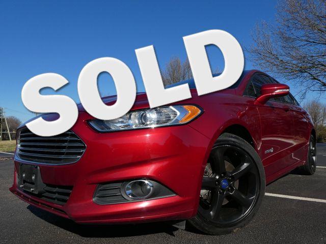 2014 Ford Fusion Hybrid SE Leesburg, Virginia 0
