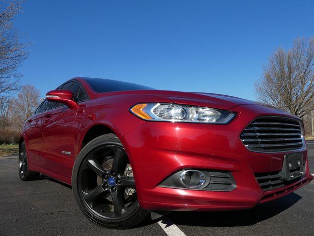 2014 Ford Fusion Hybrid SE Leesburg, Virginia 1