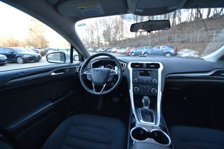 2014 Ford Fusion Hybrid SE Naugatuck, Connecticut 10