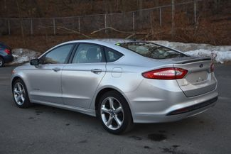 2014 Ford Fusion Hybrid SE Naugatuck, Connecticut 2