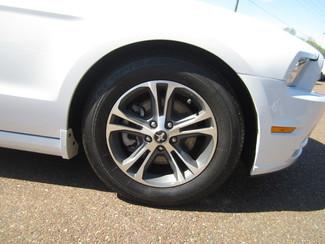 2014 Ford Mustang V6 Premium Batesville, Mississippi 20