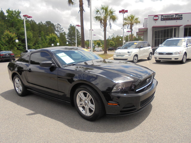2014 Ford Mustang V6 DISCLOSURE Internet pricing is subject to change daily It is a BUY-OUTRIGHT
