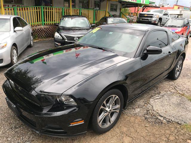 2014 Ford Mustang V6 Premium Houston, TX 1