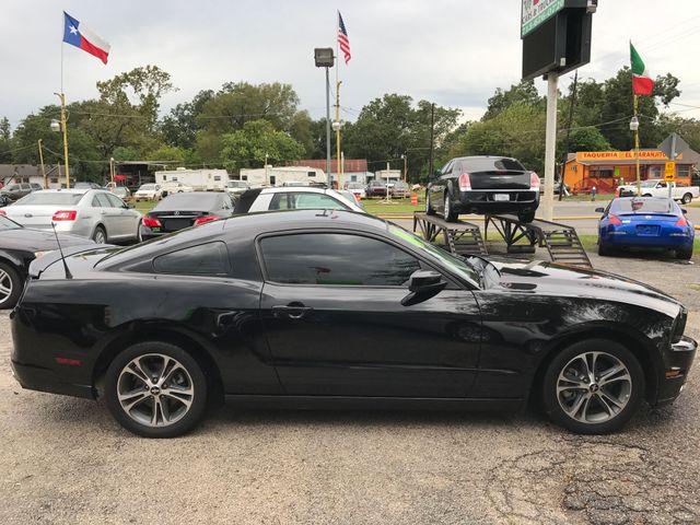 2014 Ford Mustang V6 Premium Houston, TX 5