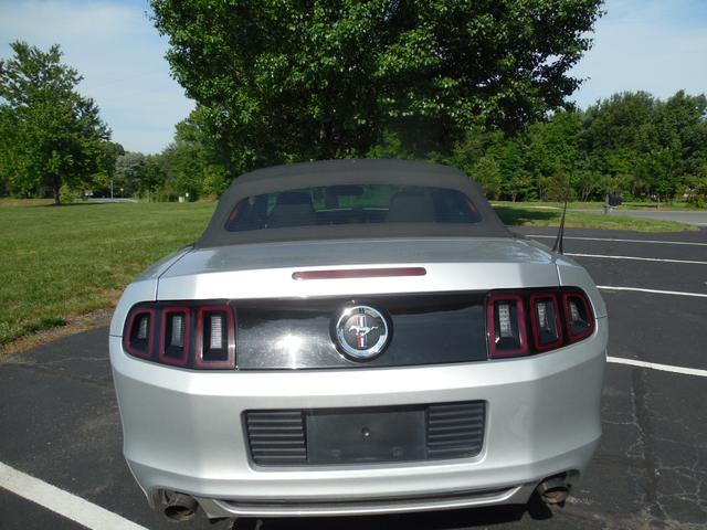 2014 Ford Mustang V6 Leesburg, Virginia 2