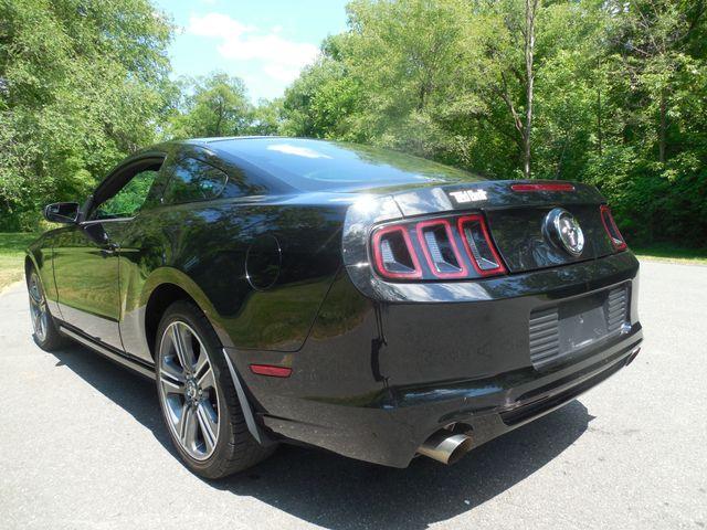 2014 Ford Mustang V6 6-Speed Manual Leesburg, Virginia 2