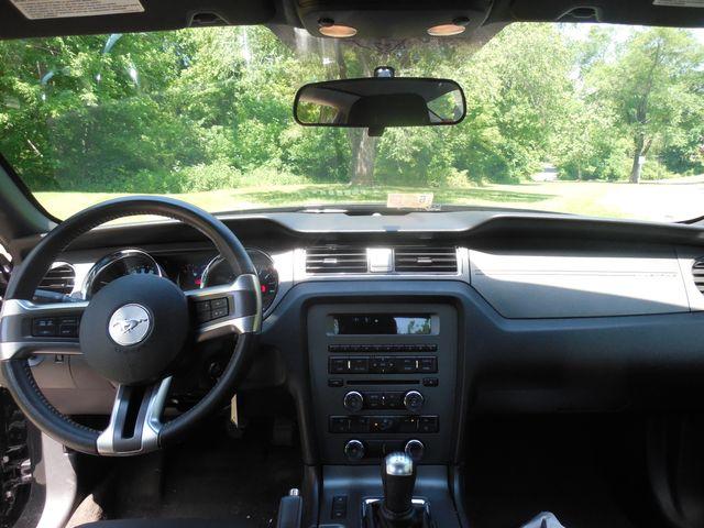 2014 Ford Mustang V6 6-Speed Manual Leesburg, Virginia 10