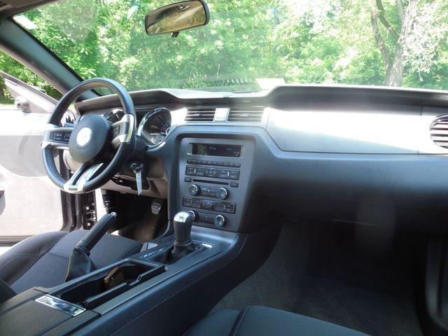 2014 Ford Mustang V6 6-Speed Manual Leesburg, Virginia 8