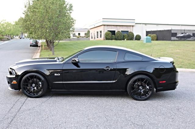 2014 Ford Mustang GT Premium Mooresville, North Carolina 3
