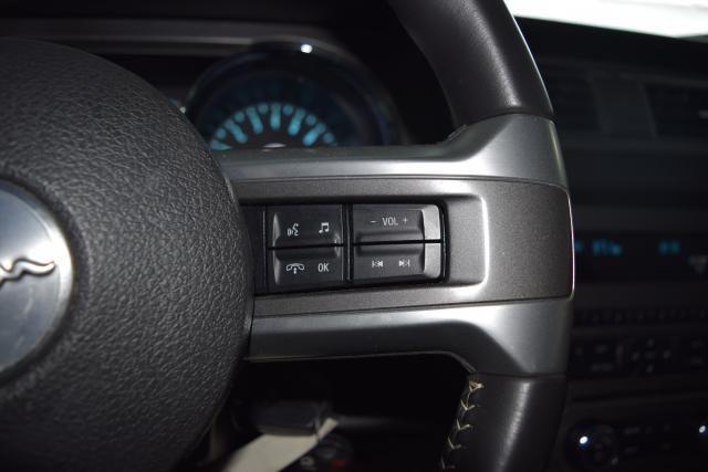 2014 Ford Mustang V6 Richmond Hill, New York 13