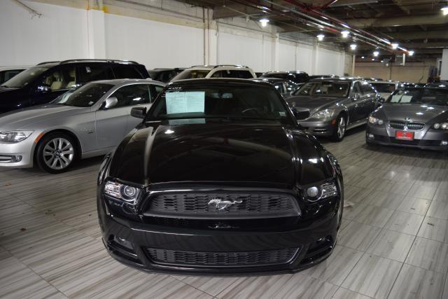 2014 Ford Mustang V6 Richmond Hill, New York 2