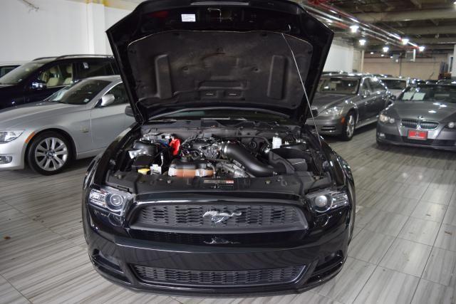 2014 Ford Mustang V6 Richmond Hill, New York 3