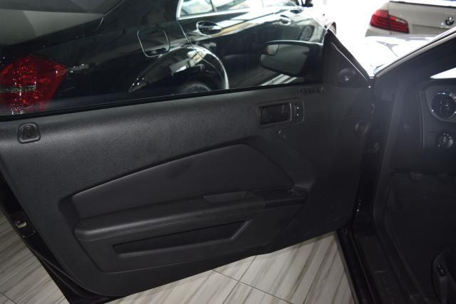 2014 Ford Mustang V6 Richmond Hill, New York 8