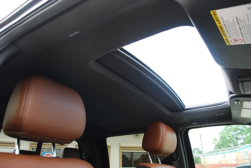 2014 Ford Super Duty F-250 Pickup Platinum  Brownsville TX  English Motors  in Brownsville, TX