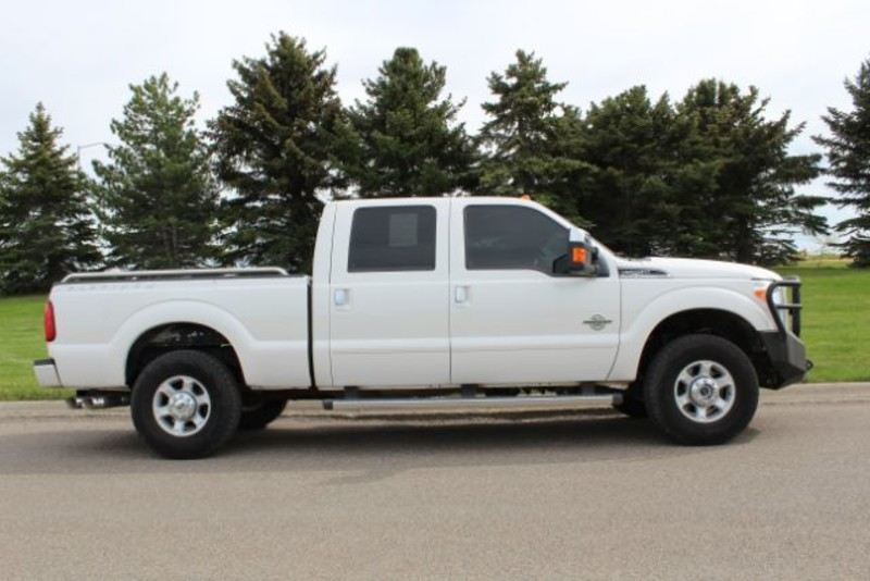 2014 Ford Super Duty F-250 Pickup XLT  city MT  Bleskin Motor Company   in Great Falls, MT