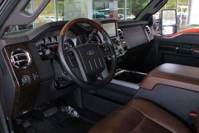 2014 Ford Super Duty F-250 Pickup Platinum Crew Cab 4x4 - LIFTED - LOT$ OF EXTRA$! Mooresville , NC 34