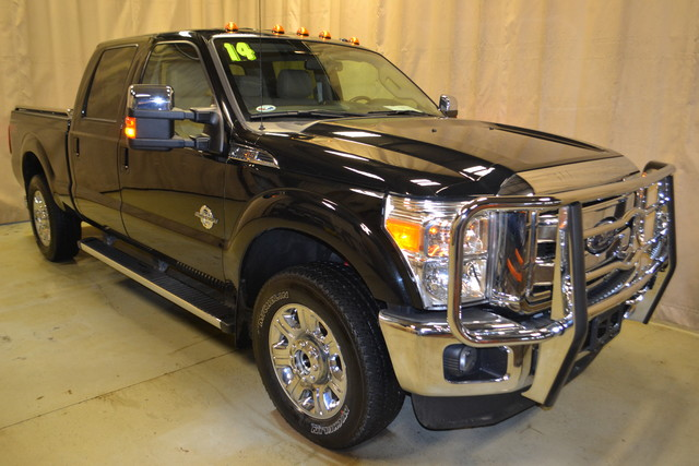 2014 Ford Super Duty F-250 Pickup Lariat Roscoe, Illinois 0