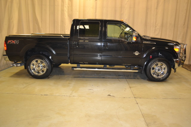 2014 Ford Super Duty F-250 Pickup Lariat Roscoe, Illinois 1