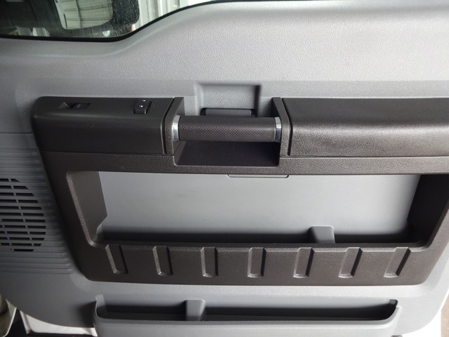 2014 Ford Super Duty F-550 DRW Chassis Cab XL Corpus Christi, Texas 32
