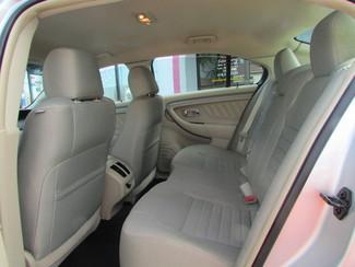2014 Ford Taurus SE Fremont, Ohio 11