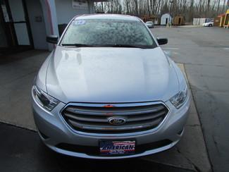2014 Ford Taurus SE Fremont, Ohio 3