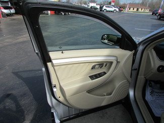 2014 Ford Taurus SE Fremont, Ohio 5