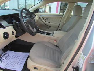 2014 Ford Taurus SE Fremont, Ohio 6