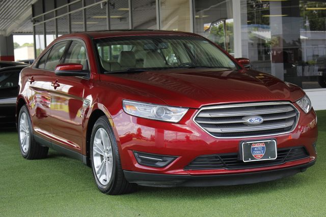 2014 Ford Taurus SEL FWD - NAVIGATION - SUNROOF! Mooresville , NC 23