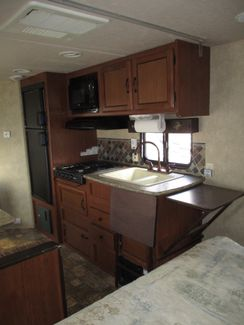 2014 Forest River Wildwood X-Lite 221RBXL  city Florida  RV World of Hudson Inc  in Hudson, Florida