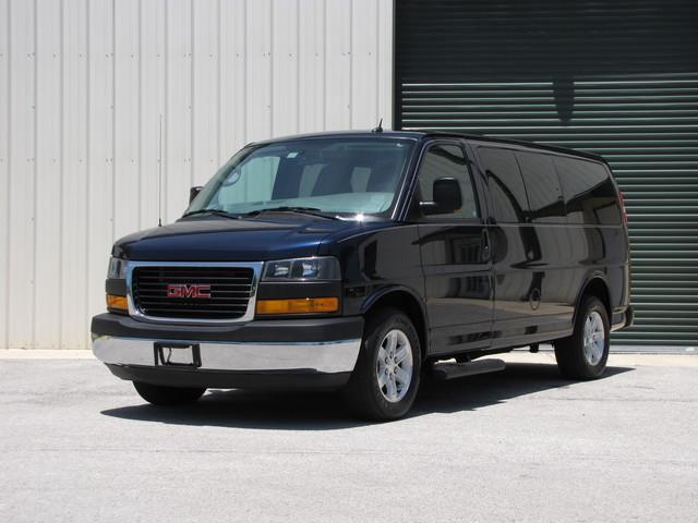 2014 GMC Savana Passenger AWD 1LT Jacksonville , FL 41