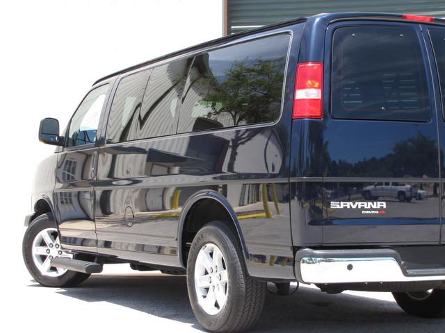 2014 GMC Savana Passenger AWD 1LT Jacksonville , FL 16