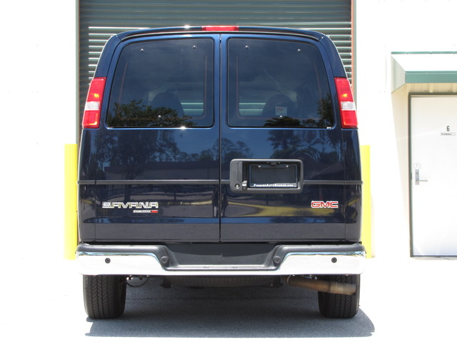 2014 GMC Savana Passenger AWD 1LT Jacksonville , FL 18