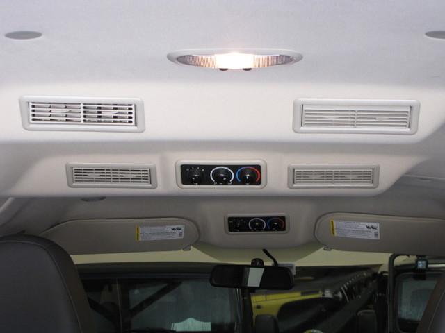2014 GMC Savana Passenger AWD 1LT Jacksonville , FL 39