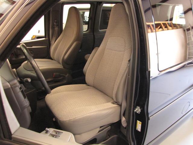 2014 GMC Savana Passenger AWD 1LT Jacksonville , FL 34