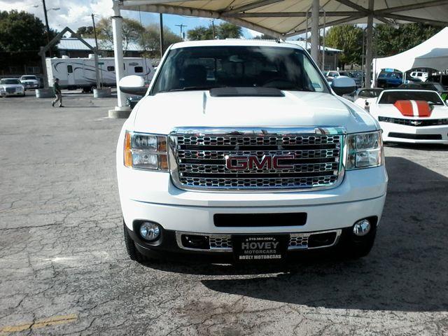 2014 GMC Sierra 2500HD Denali San Antonio, Texas 1