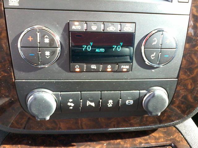 2014 GMC Sierra 2500HD Denali San Antonio, Texas 24
