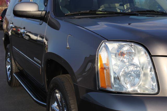 2014 GMC Yukon Denali AWD-NAV-DVD-LOW MILES! Mooresville , NC 16