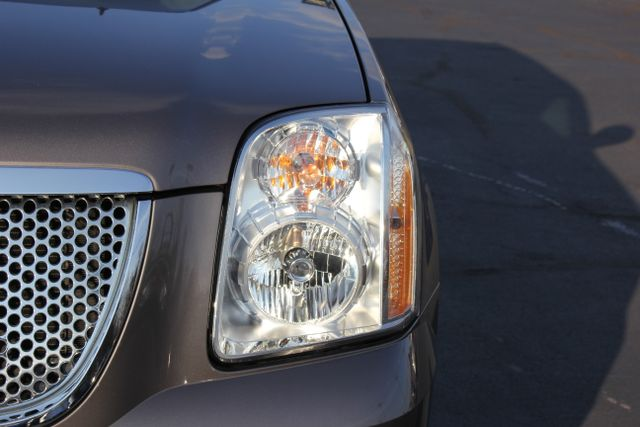 2014 GMC Yukon Denali AWD-NAV-DVD-LOW MILES! Mooresville , NC 18