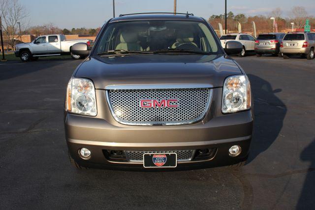 2014 GMC Yukon Denali AWD-NAV-DVD-LOW MILES! Mooresville , NC 19