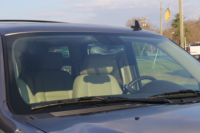 2014 GMC Yukon Denali AWD-NAV-DVD-LOW MILES! Mooresville , NC 21